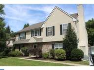 705 Farview Ave Newtown Square PA, 19073