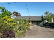 2821 Se Risley Ave Milwaukie OR, 97267
