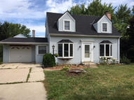 726 Fairview Dr N West Bend WI, 53090