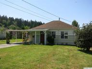 1024 3rd Sweet Home OR, 97386