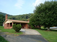 586 Orchard View Dr Ararat VA, 24053