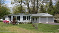 15 Yeager Rd Mountain Top PA, 18707