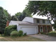 1039 Douglas Dr Wooster OH, 44691