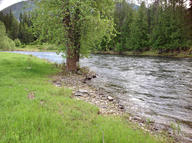 1023 Moyie River Rd Bonners Ferry ID, 83805