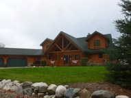 3740 Pigeon Bay Dr Indian River MI, 49749