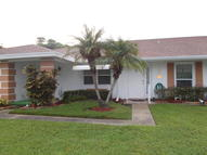 117 Lakes End Dr B Fort Pierce FL, 34982