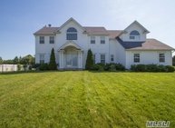 83 Sweetgum Ln Miller Place NY, 11764