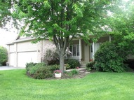 560 Blackthorn Drive Crystal Lake IL, 60014