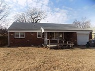 2451 S Pattie Wichita KS, 67216