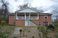 273 Virginia Heights Rd Pearisburg VA, 24134