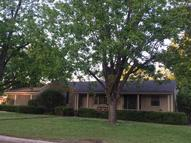 112 Mccord St West Point MS, 39773