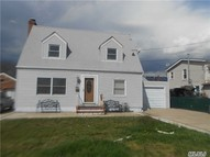 21 Pearl St Patchogue NY, 11772