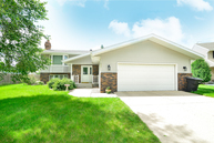 421 39th Ave. S Grand Forks ND, 58201