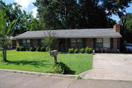 1029 Hibbler St West Point MS, 39773