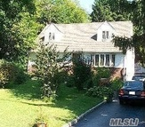 85 George St Roslyn Heights NY, 11577