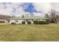 989 Florence Dr Macedonia OH, 44056