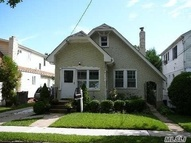 44 Beverly Ave Floral Park NY, 11001