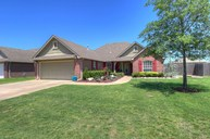 13413 E 132nd Street North Collinsville OK, 74021