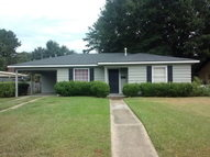 22 Edinborough Avenue Chickasaw AL, 36611