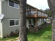 1346 Hawthorne Ave Reedsport OR, 97467