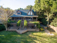 6827 Limehouse Road Awendaw SC, 29429