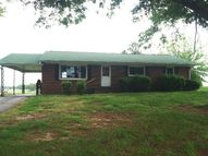 2994 Sidonia Rd Sharon TN, 38255
