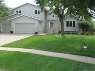 2024 S Thatcher Cir, Sioux Falls SD, 57106