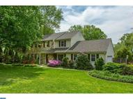 10 Todmorden Dr Rose Valley PA, 19086