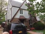 108-34 67 Ave Forest Hills NY, 11375