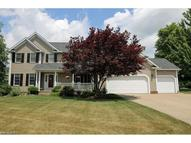 813 Woodhaven Dr Cuyahoga Falls OH, 44223