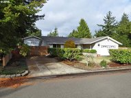 2233 24th St Florence OR, 97439