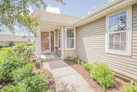 622 Park Dr Waterford WI, 53185