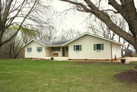 17427 225th Street New Ulm MN, 56073