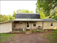 6119 King Robert Ln Westmoreland TN, 37186
