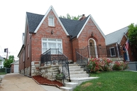 1414 Barger Place Saint Louis MO, 63117