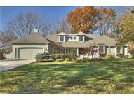 8220 Rosewood Lane Prairie Village KS, 66208