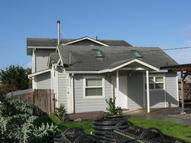 309 S Lincoln St Fort Bragg CA, 95437