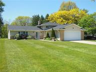 16138 Robindale Dr Strongsville OH, 44136