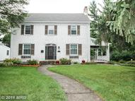 817 Forest Dr Hagerstown MD, 21742