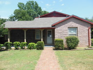 1411 S 11th Chickasha OK, 73018