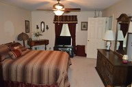 1040 Sherwood Drive Radcliff KY, 40160