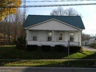 19 Main St East Dellroy OH, 44620