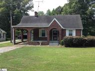 615 Church Street Laurens SC, 29360