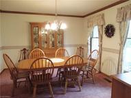 32 Indian Hills Dr Tallmadge OH, 44278