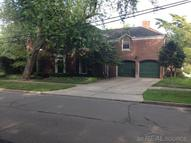 251 Kenwood Court Grosse Pointe Farms MI, 48236