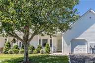 58 Oyster Cove Ln Blue Point NY, 11715