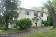 6 Whiting Avenue Boyce VA, 22620