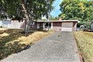 334 E 28th St. Bremerton WA, 98310