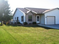 902 Fairview Dr Plymouth WI, 53073