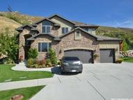 156 N Deer Hollow Cir E Farmington UT, 84025